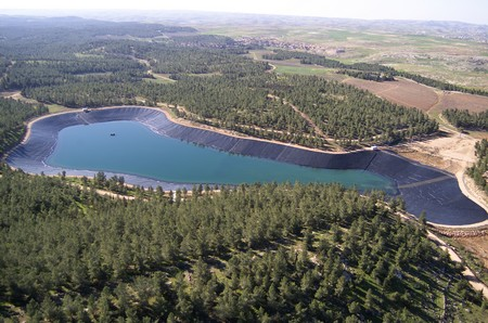 Yatir Reservoir. Photo : Albetros, KKL-JNF Photo Archive